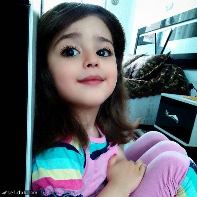 Thiên thần nhỏ người Iran khiến cư dân mạng Trung Quốc sửng sốt vì giống mỹ nữ Tân Cương Địch Lệ Nhiệt Ba - Ảnh 21.