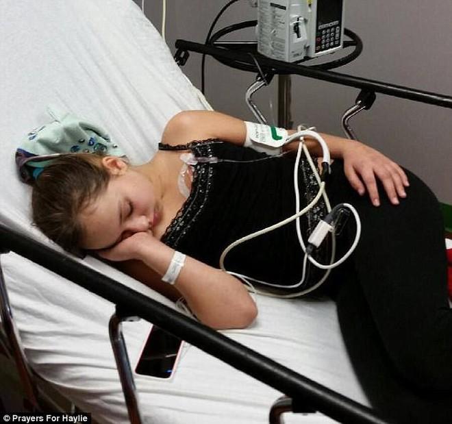 Tưởng là đau đầu thông thường, cô gái 14 tuổi được chẩn đoán có một khối u trong não - Ảnh 4.