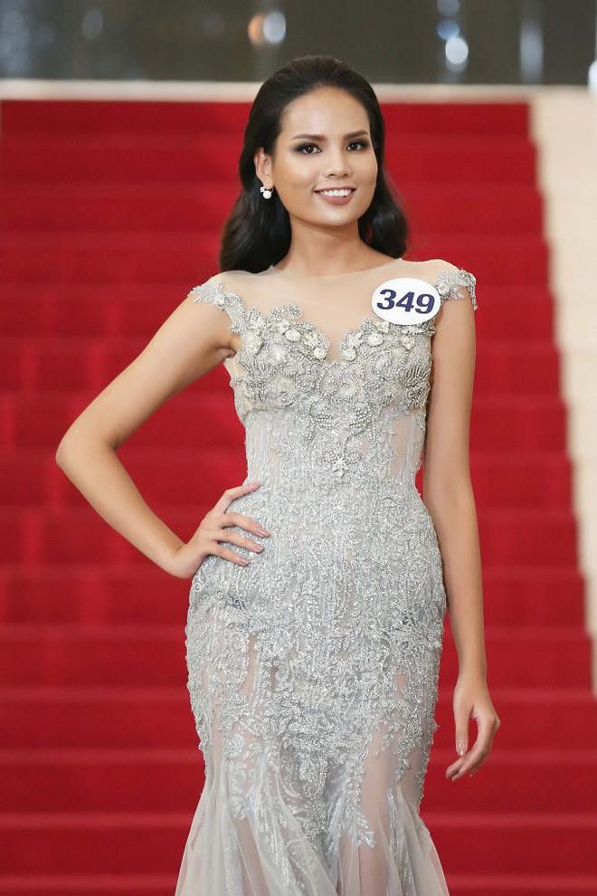 """Xu hướng bây giờ: Người mẫu đổ xô thi Hoa hậu, Hoa hậu lại """"lấn sân"""" làm người mẫu - Ảnh 5."""