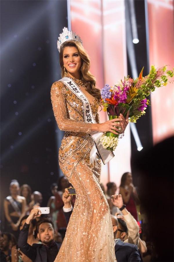 Da nâu, tóc ngắn, body săn chắc - HHen Niê toàn sở hữu nét đẹp của các Hoa hậu đạt giải cao trên đấu trường quốc tế - Ảnh 5.