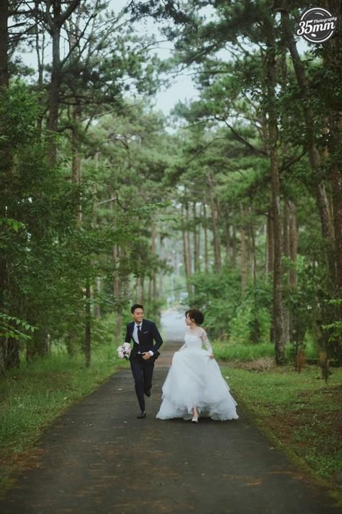 Không lầy lội, ảnh cưới của Nhật Anh Trắng và vợ lại lãng mạn như thế này đây! - Ảnh 6.