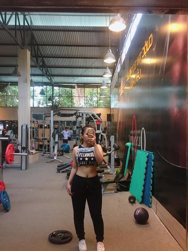 Giảm 10kg chỉ sau 2 tháng tập gym theo hướng dẫn của huấn luyện viên, cô gái trẻ sở hữu thân hình nuột nà, tự tin đón Tết - Ảnh 9.