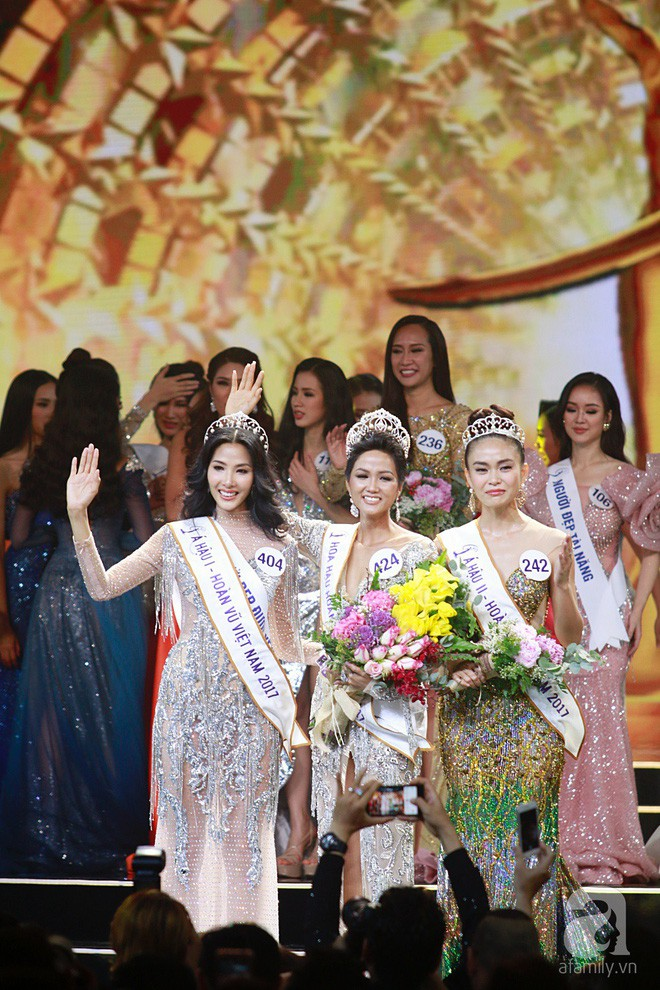 Tân Hoa hậu Hoàn vũ 2017 có trả lời lạc đề câu hỏi của Mai Phương Thúy? - Ảnh 1.