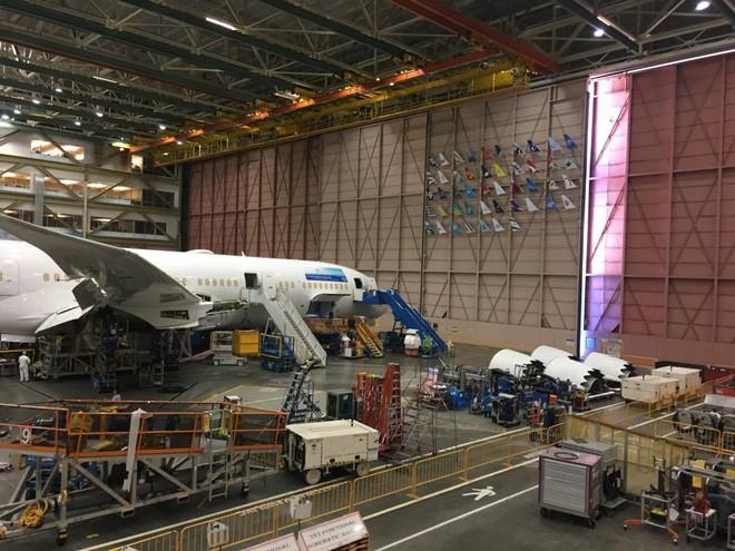 Bên trong nhà máy Boeing: Nơi ra đời những chiếc phi cơ biểu tượng của nước Mỹ - Ảnh 10.