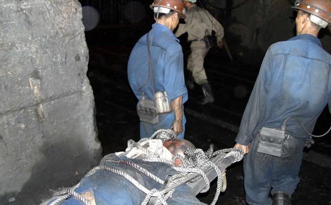 Hai công nhân tử vong tại mỏ than ở Quảng Ninh do mìn nổ - Ảnh 1.