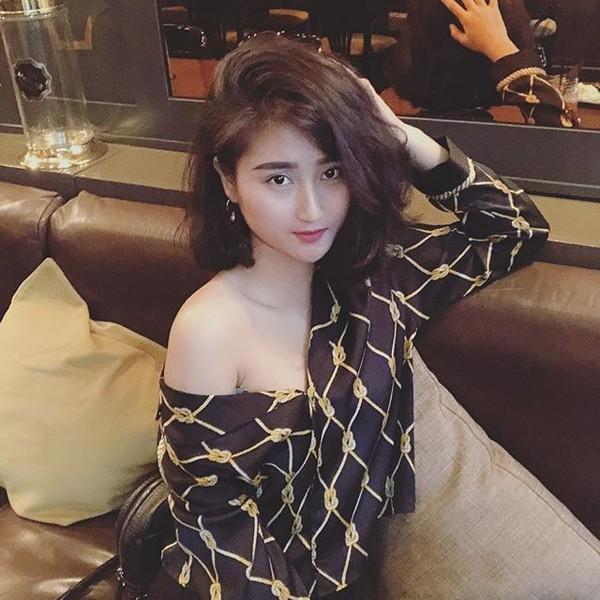 Bạn gái tiền vệ tuyển Việt Nam bất ngờ đi đóng phim - Ảnh 8.
