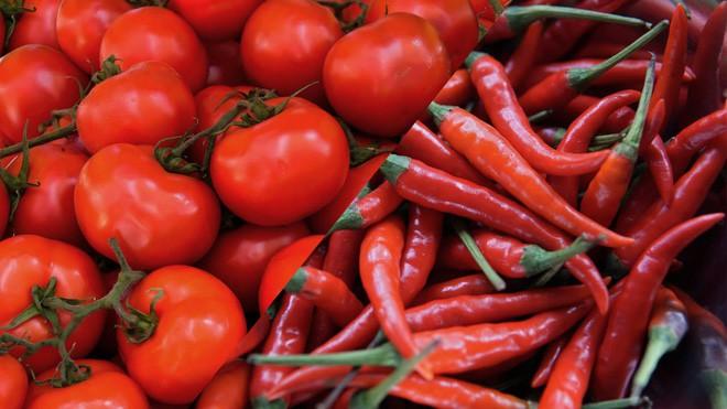Hãy làm ra những quả cà chua cay như ớt, các nhà khoa học nói - Ảnh 1.