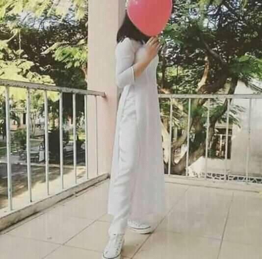 Nữ sinh Việt diện áo dài trắng: Người xinh đẹp trong trẻo xuất sắc, người quyến rũ với 3 vòng siêu chuẩn - Ảnh 6.