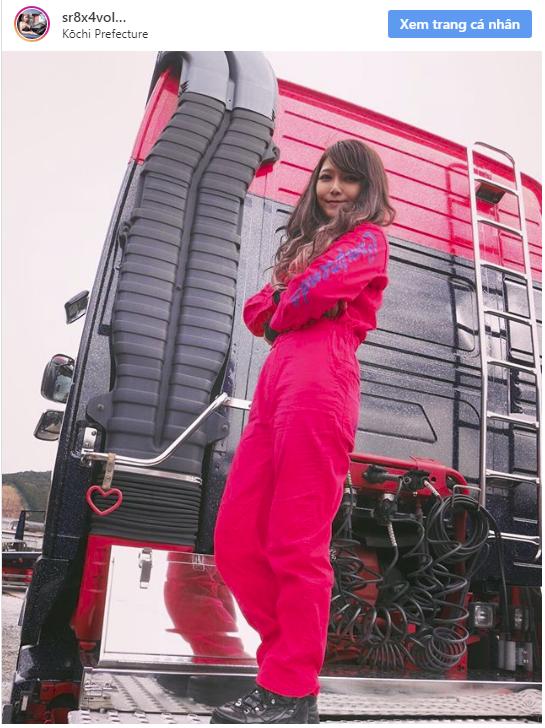 """Cô gái bỗng nổi như cồn vì được mệnh danh là """"nữ tài xế xe tải xinh đẹp nhất Nhật Bản"""" - Ảnh 2."""