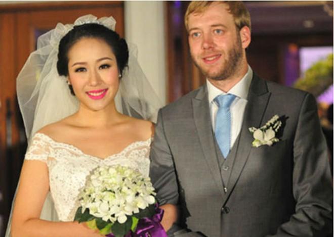Hoa hậu Ngô Phương Lan gặp nhiều biến cố liên tiếp trong cuộc sống - Ảnh 2.