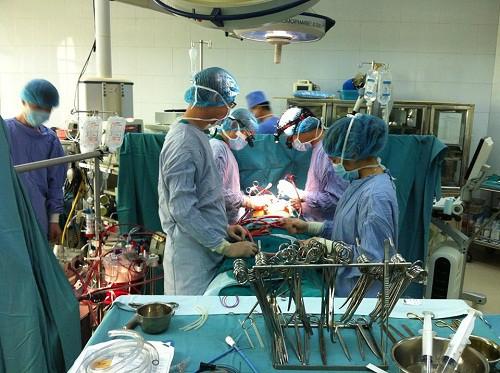 Trời lạnh gia tăng bệnh nhân tim mạch, bác sĩ chỉ cách phát hiện căn bệnh nguy hiểm này - Ảnh 1.