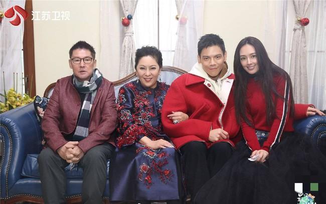 Con trai ông trùm xã hội đen Hong Kong thừa nhận yêu tình cũ của Phùng Thiệu Phong - Ảnh 4.
