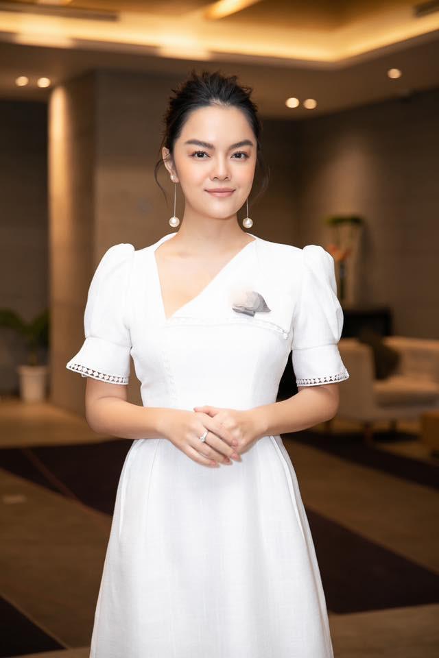 Những chuyện tình tay ba ồn ào nhất showbiz Việt 2018: Người bức xúc nộp đơn kiện cáo, kẻ tố nhau giả tạo mưu mô - Ảnh 7.