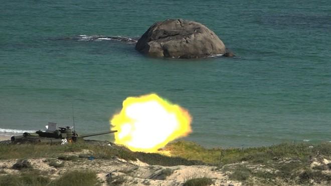Việt Nam có nên học tập Lào đổi SU-100 lấy xe tăng hiện đại? - Ảnh 3.