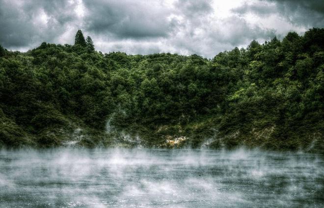 Giải mã hồ nước tử thần quanh năm tỏa hơi thở của quỷ: Không một ai dám đến gần  - Ảnh 2.