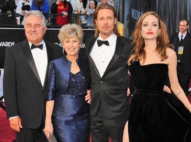 Tức giận vì Angelina Jolie hủy hoại cuộc đời con trai, mẹ Brad Pitt muốn gặp con dâu cũ để đối chất - Ảnh 2.