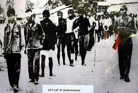 Tội ác tày trời của tập đoàn Pol Pot gây ra cho Việt Nam - Ảnh 1.