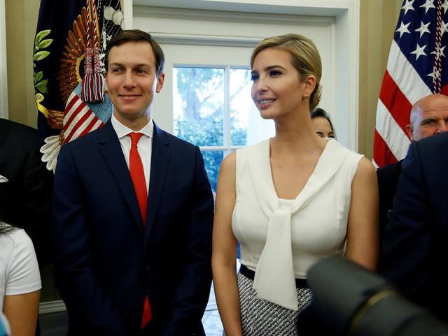Sở hữu khối tài sản 1,1 tỷ USD, vợ chồng ái nữ của Tổng thống Trump tiêu tiền như thế nào? - Ảnh 2.