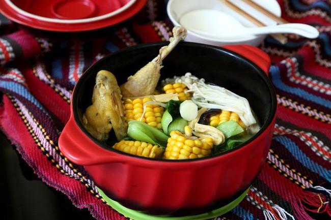 Ngon miệng bổ dưỡng món canh gà hầm rau củ - Ảnh 5.
