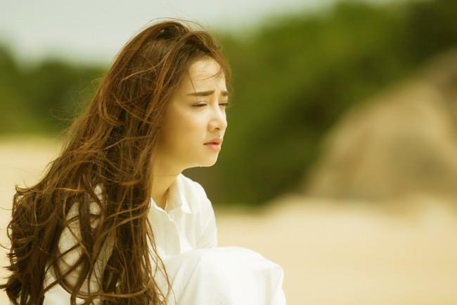 1 năm sự nghiệp của Nhã Phương: Ngọc nữ màn ảnh bị thị phi bủa vây, thăng hạng vượt bậc nhờ scandal tình ái - Ảnh 5.