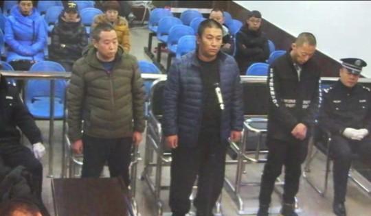 Phận nô lệ hiện đại ở Trung Quốc: Bị hành hạ đến quên cả tên mình - Ảnh 3.