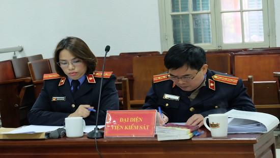 Dàn lãnh đạo Công ty Lọc hóa dầu Bình Sơn hầu tòa - Ảnh 2.