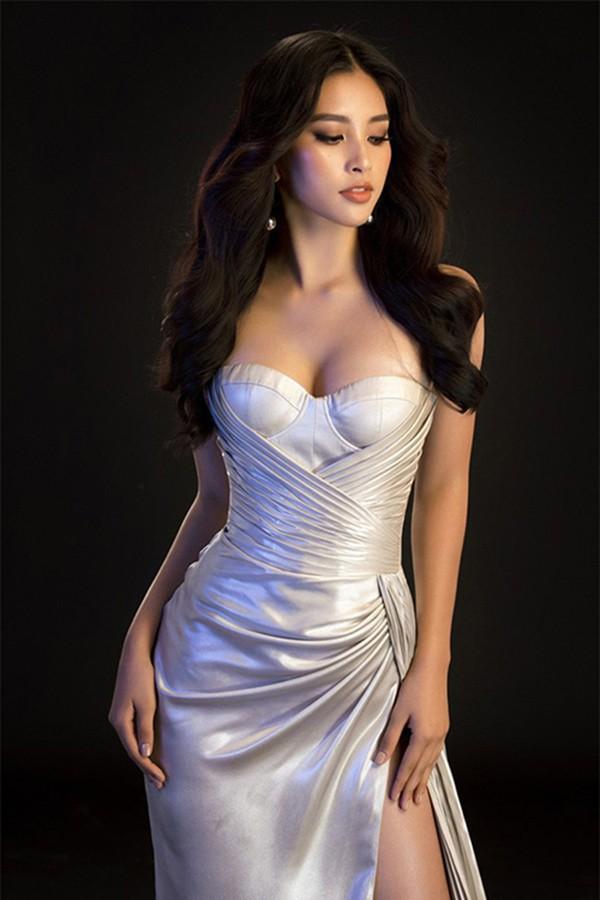 Hoa hậu Tiểu Vy ngày càng chuộng mốt gợi cảm - Ảnh 8.