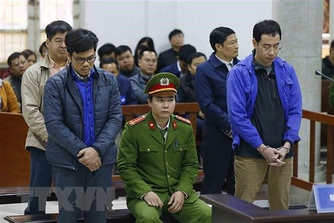 Bốn cựu lãnh đạo dầu khí lãnh mức án từ 4-8 năm tù - Ảnh 1.