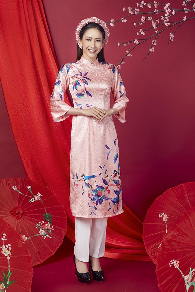 Hoa hậu Phan Thu Quyên khoe nhan sắc xinh đẹp khi diện áo dài  - Ảnh 14.