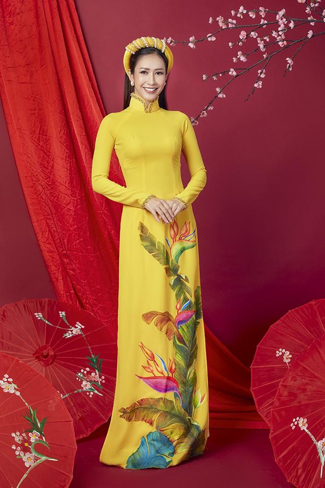 Hoa hậu Phan Thu Quyên khoe nhan sắc xinh đẹp khi diện áo dài  - Ảnh 11.
