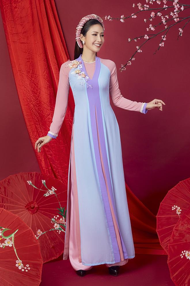 Hoa hậu Phan Thu Quyên khoe nhan sắc xinh đẹp khi diện áo dài  - Ảnh 4.