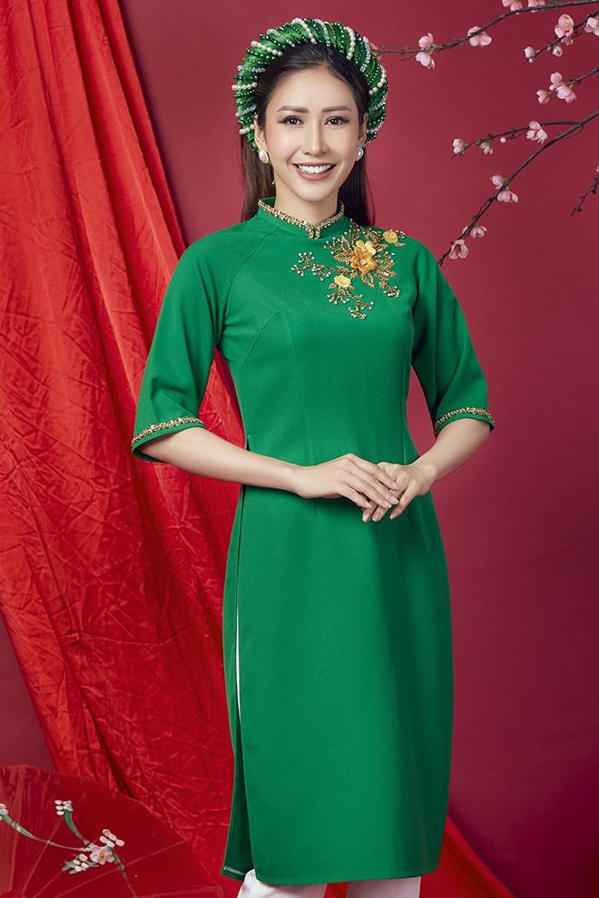 Hoa hậu Phan Thu Quyên khoe nhan sắc xinh đẹp khi diện áo dài  - Ảnh 9.