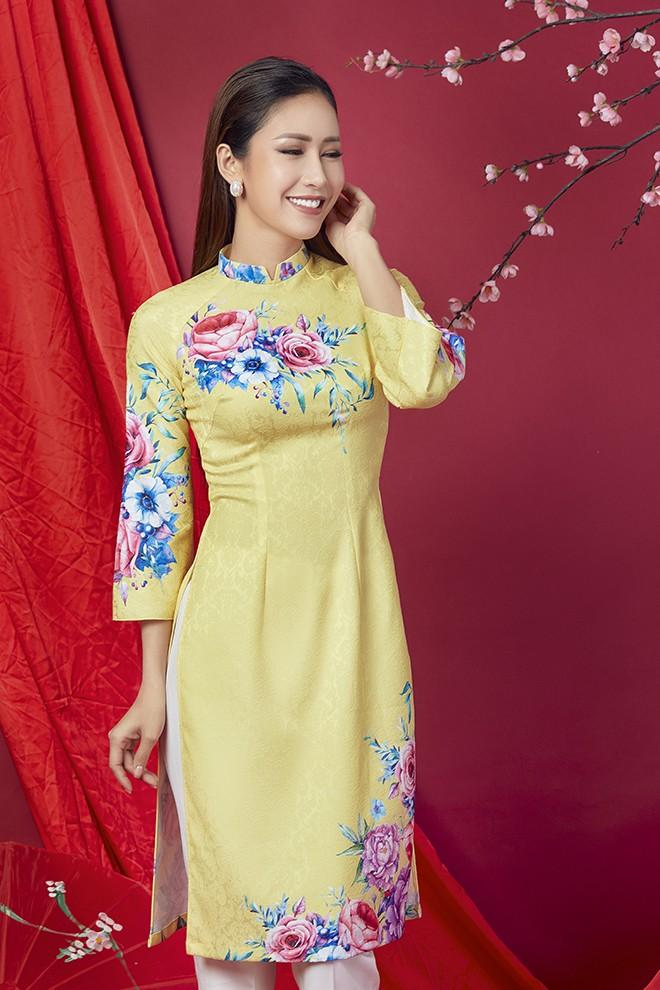 Hoa hậu Phan Thu Quyên khoe nhan sắc xinh đẹp khi diện áo dài  - Ảnh 7.