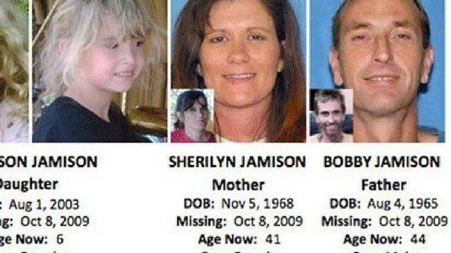 Vụ mất tích bí ẩn của gia đình Jamison và bức ảnh chụp đứa con gái 6 tuổi ngay khoảnh khắc đối mặt với kẻ thú ác gây tranh cãi - Ảnh 4.