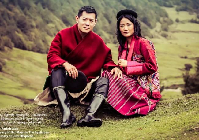 Jetsun Pema: Chuyện đời nàng Lọ Lem giữa đời thực và câu chuyện tình yêu như cổ tích ở xứ sở hạnh phúc nhất thế giới - Ảnh 3.