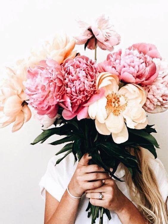 Ngoài đào và quất, những loại hoa này cũng nên được trang trí trong nhà bạn cho Tết thêm đầm ấm sum vầy - Ảnh 14.