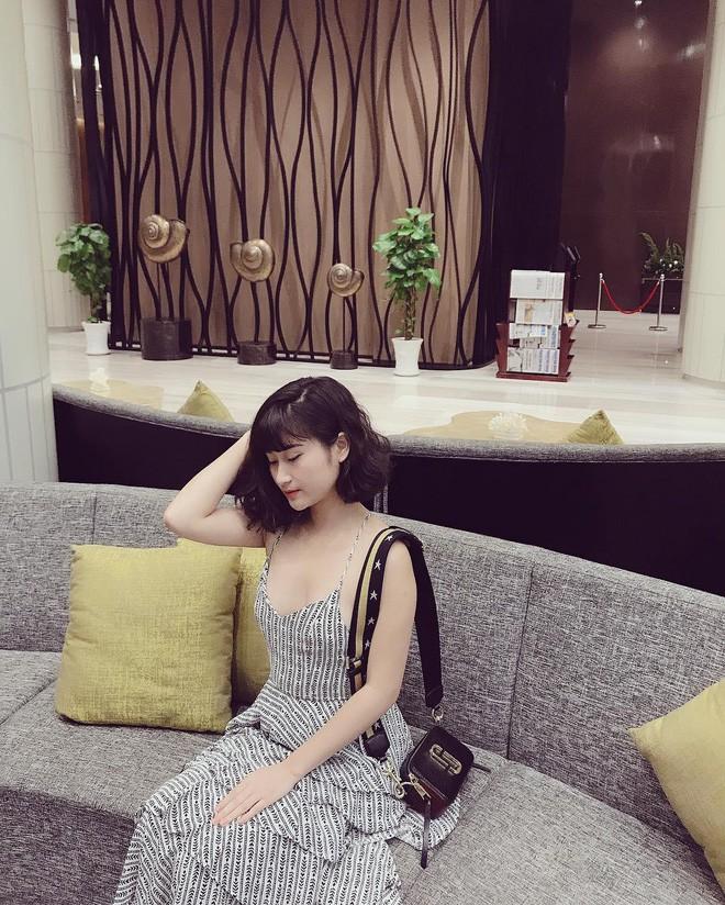 Dàn bạn gái cầu thủ Việt: Xinh đẹp, nổi tiếng nhưng chưa hết, họ còn có cuộc sống sang chảnh đáng ghen tỵ - Ảnh 15.