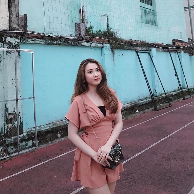 Dàn bạn gái cầu thủ Việt: Xinh đẹp, nổi tiếng nhưng chưa hết, họ còn có cuộc sống sang chảnh đáng ghen tỵ - Ảnh 19.