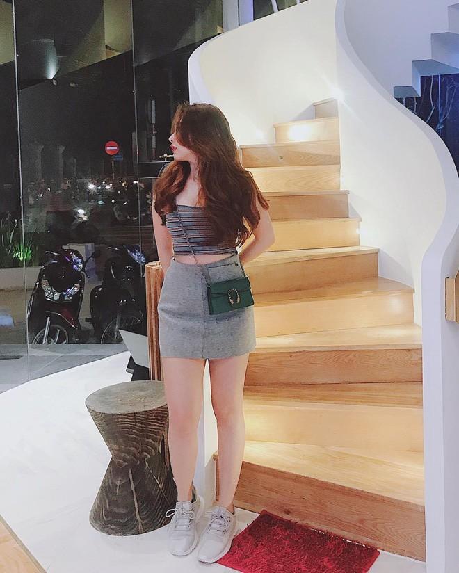 Dàn bạn gái cầu thủ Việt: Xinh đẹp, nổi tiếng nhưng chưa hết, họ còn có cuộc sống sang chảnh đáng ghen tỵ - Ảnh 20.