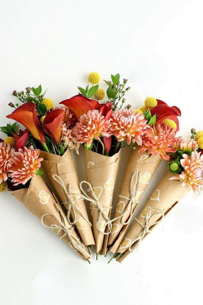 Ngoài đào và quất, những loại hoa này cũng nên được trang trí trong nhà bạn cho Tết thêm đầm ấm sum vầy - Ảnh 4.