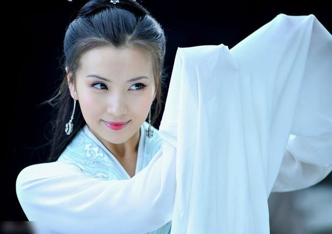 Trần Hảo: Nàng Điêu Thuyền đẹp nhất màn ảnh Hoa ngữ dù vạn người mê vẫn chỉ cần một người ở bên là đủ - Ảnh 6.