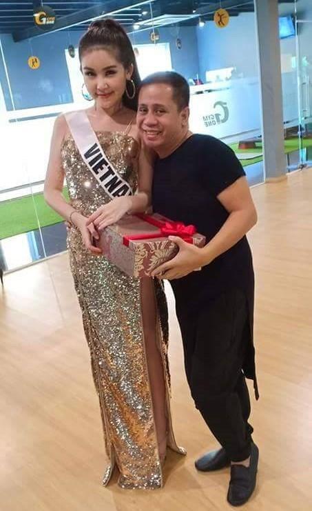 Vừa tố Ngân Anh mua giải, thầy dạy catwalk người Philippines lại hết lời khen ngợi HHen Niê - Ảnh 2.