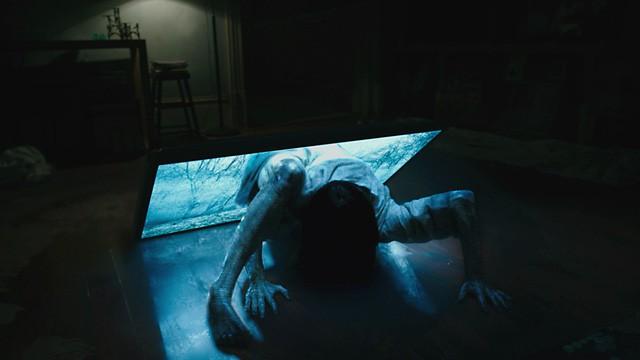 Bí kíp thoát chết trong phim kinh dị qua 7 hành động thiếu muối - Ảnh 3.