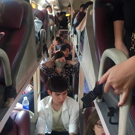 Bên trong những chuyến xe khách ngày cận tết khiến nhiều người ám ảnh - Ảnh 6.