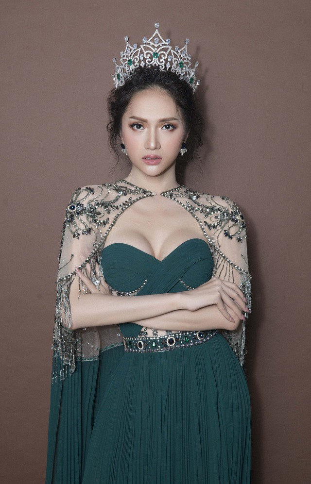 Hoa hậu Hương Giang: Tôi sinh ra không phải để phai nhạt - Ảnh 1.