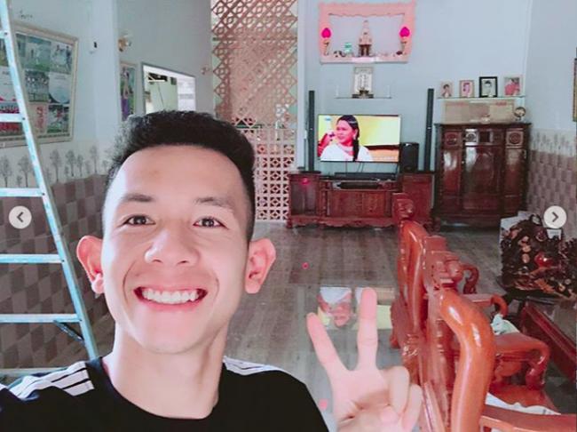 Nghỉ xả hơi ăn Tết, dàn hot boy đội tuyển Việt Nam thi nhau khoe nhà mới, đi chơi cùng bạn gái - Ảnh 3.