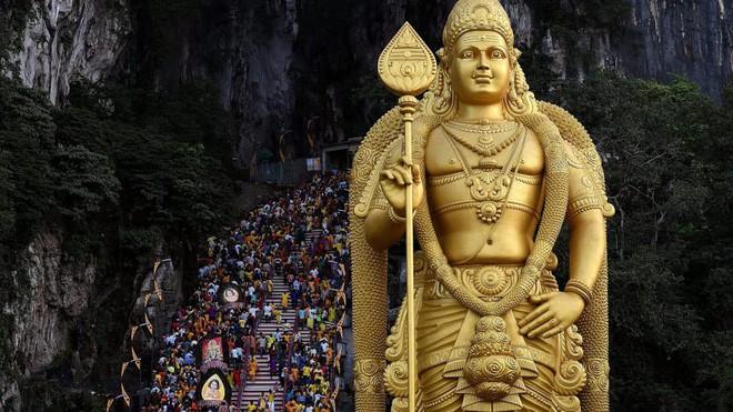 Thaipusam - Lễ hội hoang dại nhất thế giới: Khi con người sẵn sàng chịu đau đớn để được an lành - Ảnh 7.