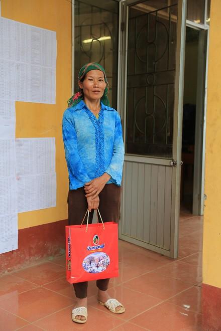 Trao quà Tết tận tay người dân nghèo huyện Bảo Lạc, Cao Bằng - Ảnh 4.