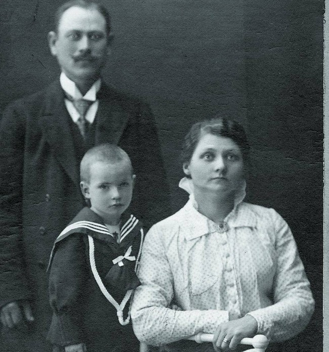 Bà mẹ nuôi tàn độc nhất lịch sử, giết hại 8 đứa trẻ sơ sinh vô tội và huyền thoại rợn người về thành cổ nổi tiếng Thụy Điển - Ảnh 1.