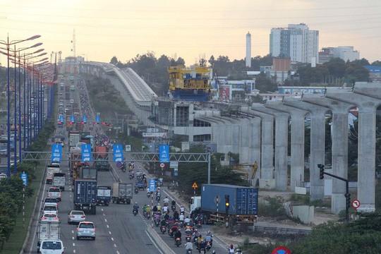 Bộ Chính trị đồng ý chủ trương điều chỉnh tổng mức đầu tư metro số 1 và 2 - Ảnh 2.